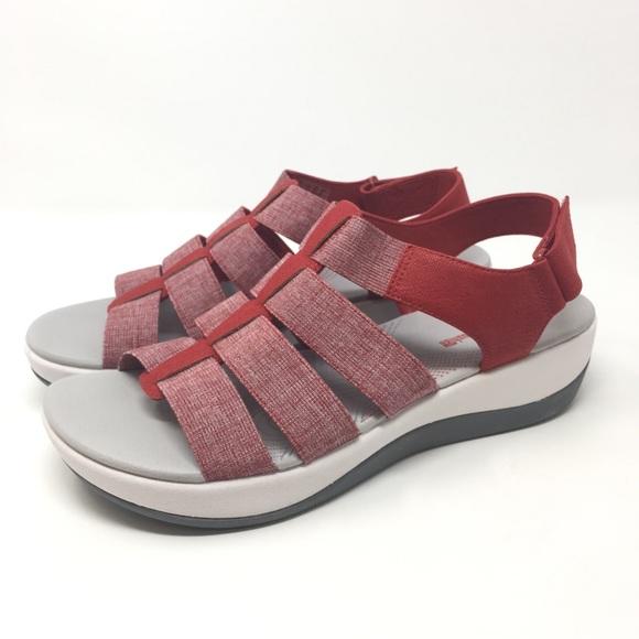 de17058a4e0 Clarks Shoes - Clarks Cloud Steppers Sandals Sz 9W Arla Shaylie
